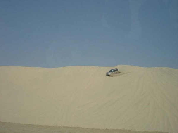 Dune bashing, ©Julie Lindsay/Flickr