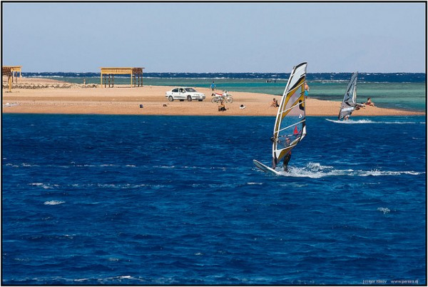 Windsurfing at Dahab, ©Igor Klisov/Flickr